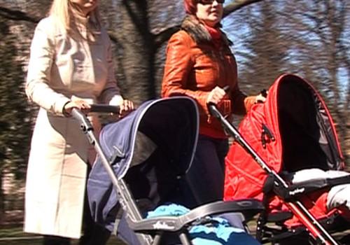 """Pievienojies ŠORĪT 10:00 t/c Riga Plaza informācijas centrā,lai vestu ziedojumus """"Māras centra"""" māmiņām un bērniem"""