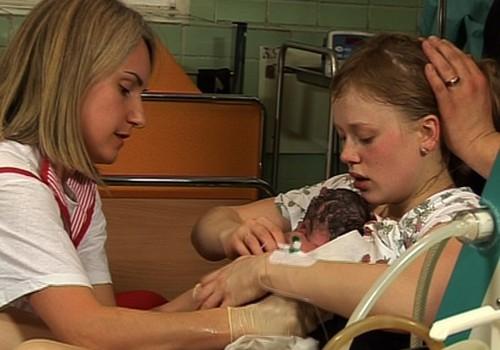 VIDEO: Ir piedzimis krievu Māmiņu Kluba otrais Superbēbis! Unikāli dzemdību kadri!
