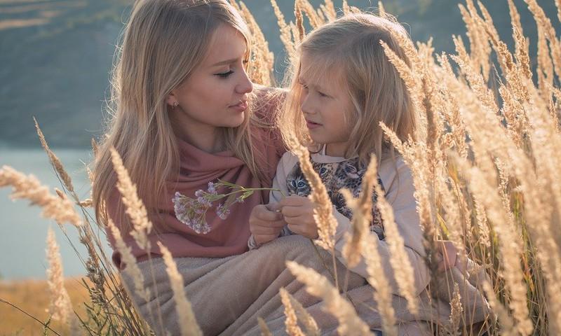 20 lietas, kuras pagūt izdarīt kopā ar bērnu augustā