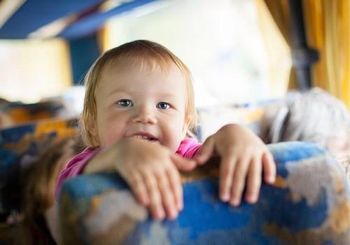 APTAUJA: 81% aptaujāto uzskata, ka ģimenēm ar bērniem, daudzbērnu ģimenēm pienākas atlaides Rīgas sabiedriskajā transportā