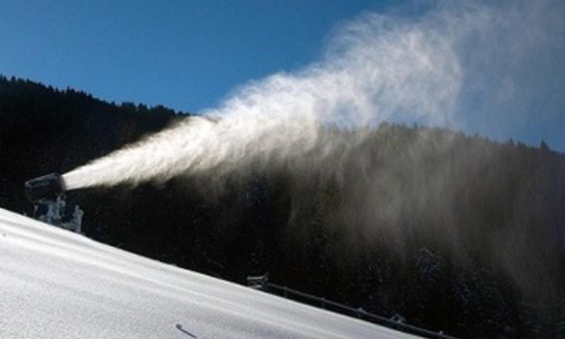 Mēs gribam slēpot! Būtu tikai pa kurieni.. - jeb esat redzējušas sniega šaujamo?