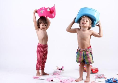 Tavs mazais mācās lietot podiņu? Piesakies Huggies® Pull-Ups® testiem, tās palīdzēs!