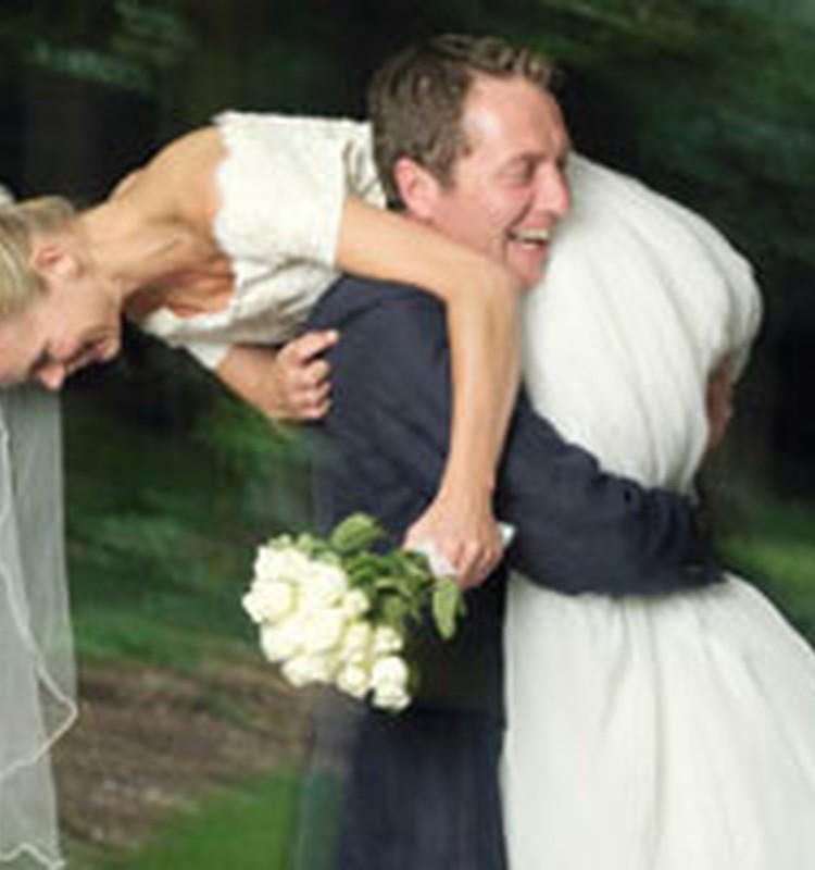 Esi bijis kāzās? Bildē, raksti, iesūti un laimē fantastiskas balvas!