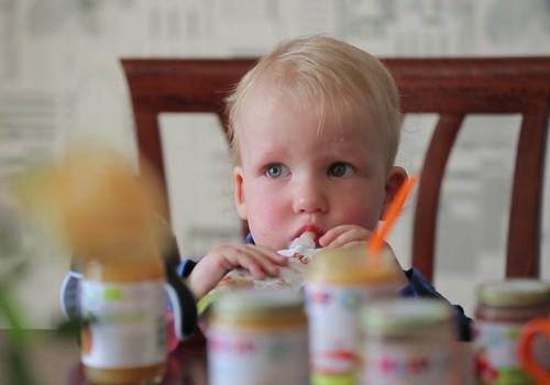 Dabiska mazuļa attīstība. Bērnu pārtika ceļojumiem