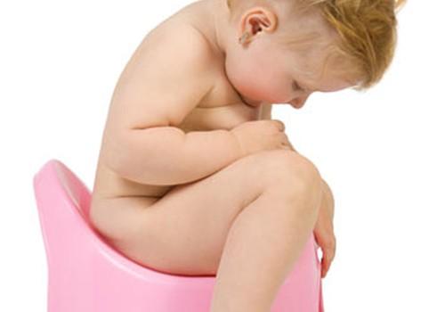 Bērnudārza dienasgrāmata: sāpīgā sēdēšana uz poda bērnudārzā
