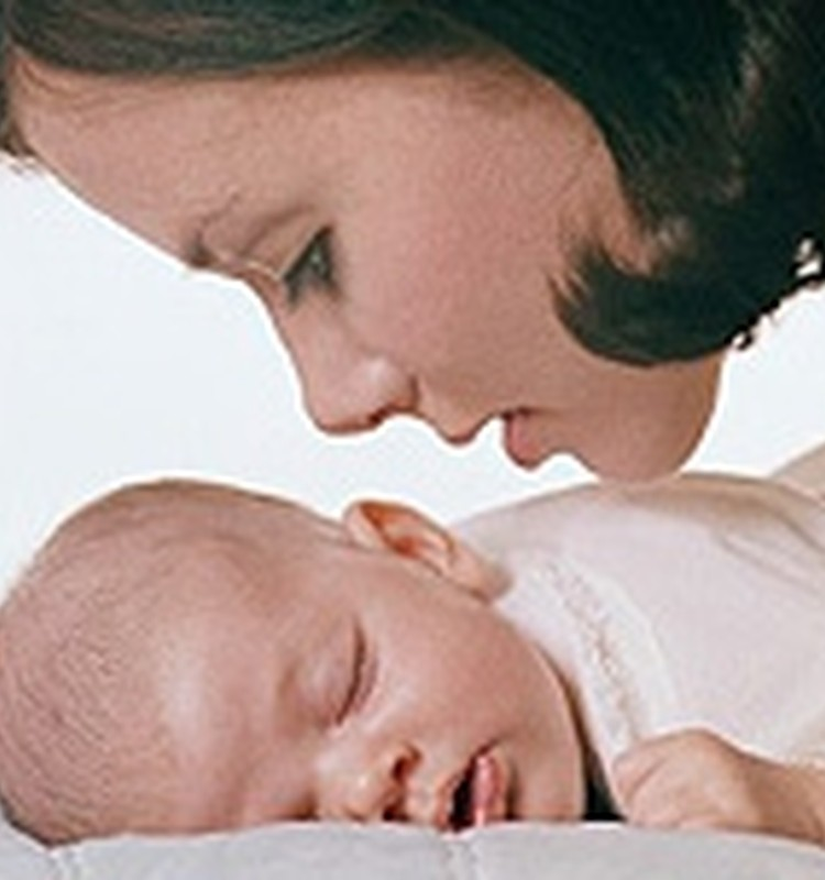 Rūpes par drošu bērna miedziņu