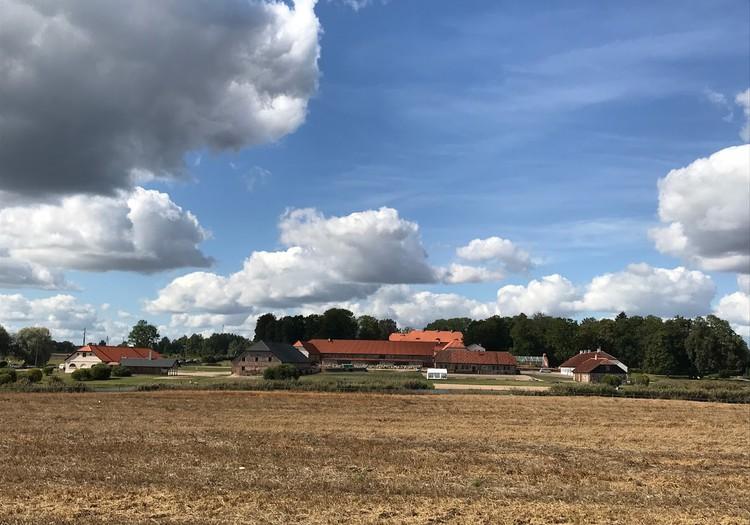 Latvijā lielākais muižas komplekss - Nurmuiža Laucienē