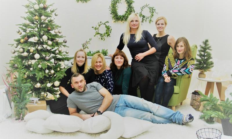 Māmiņu klubs sveic Ziemassvētkos