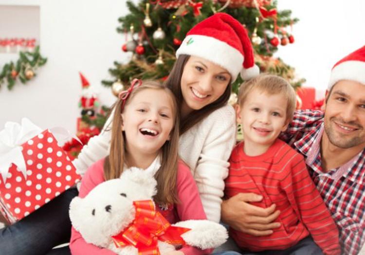Ģimenes Ziemassvētku fotosesija