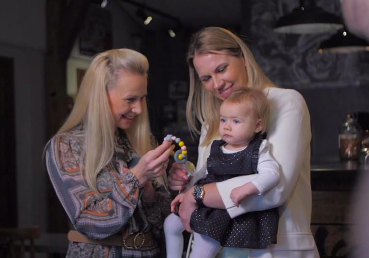 Māmiņu Kluba TV raidījuma 17.novembra lielajā intervijā - Anete Jēkabsone-Žogota