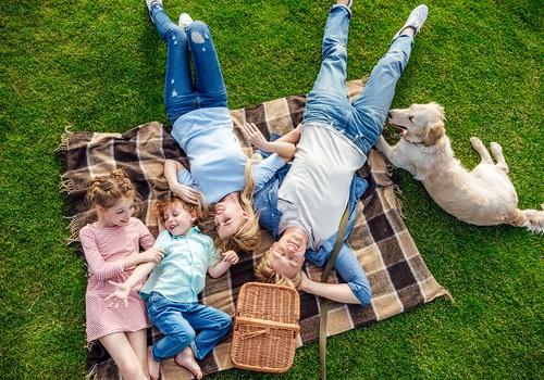 Ko pakot pārgājiena ceļasomā, lai bērni paēstu gardi un veselīgi?