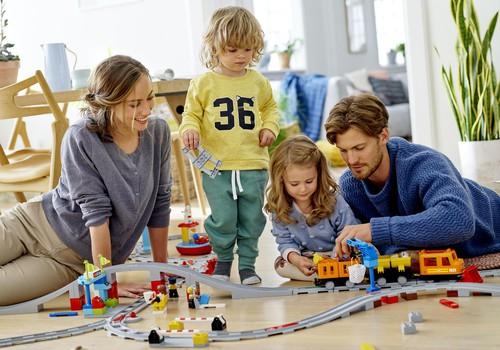 Četras radošu rotaļu idejas