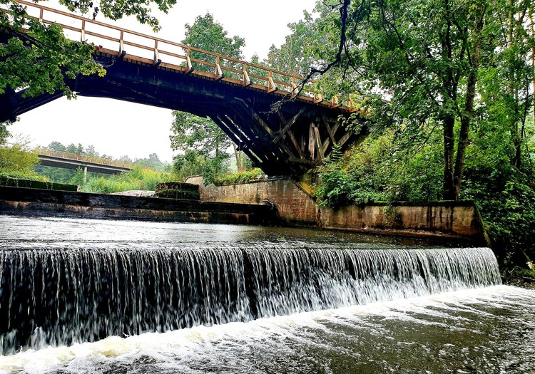 Rīvas upes koka tilts
