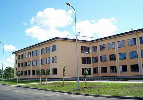 Skolas Latvijā neapmeklē ap 5% bērnu
