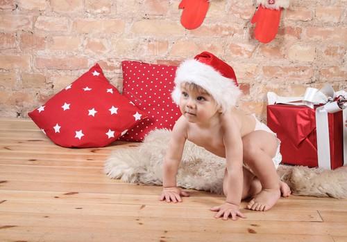Ziemassvētku tradīcijas visapkārt zemeslodei