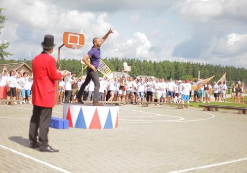 Rīgā Lielās Pastaigas-5 ietvaros būs sportiskā iesildīšanās!