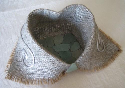 Dāvanu Valentīna dienai no dizaineres Irinas Kričalo saņem...