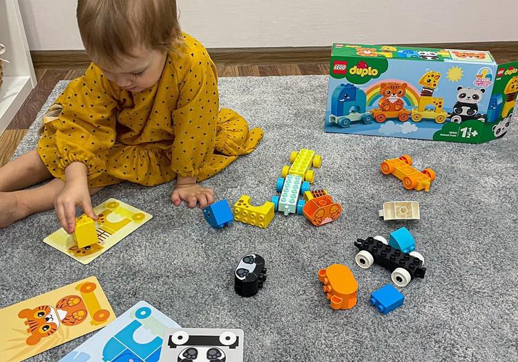 Lego Duplo Dzīvnieku vilcieniņš - trenē pirkstu veiklību un koncentrēšanos