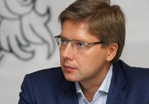 Ušakovs rosina visus Rīgas skolēnus pārvadāt bez maksas