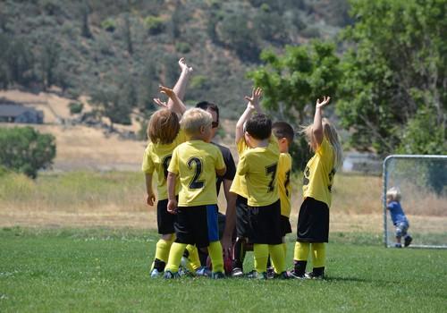 Kā izvēlēties sporta treneri bērnam