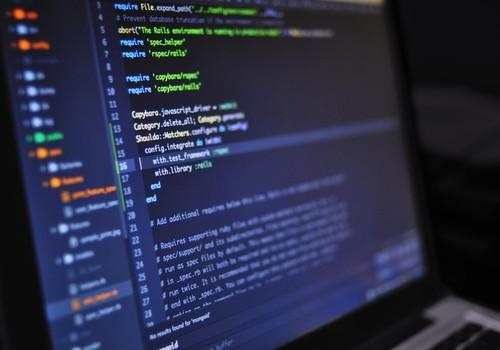 150 bezmaksas vietas un atbalsts darba uzsākšanai:  Riga TechGirls izsludina apmācības tehnoloģiju nozarē un īpaši aicina pieteikties grūtībās nonākušas sievietes