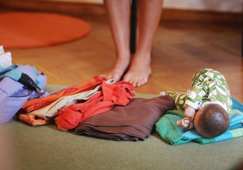Praktiska slingu siešanas meistarklase grūtniecēm kopā ar Aiju Apsīti