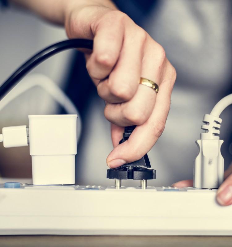 Pieci risinājumi, kā samazināt savu elektrības rēķinu