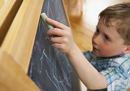 Vai uzsākot skolas gaitas 5 vai 6 gados, bērnam netiek nozagta bērnība?
