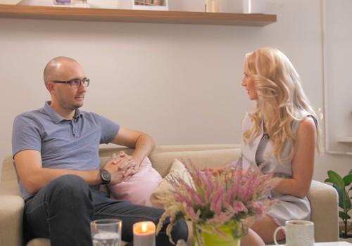Māmiņu Kluba 13. septembra TV raidījuma lielajā intervijā - psihoterapeits Artūrs Miksons