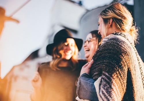 Komentāru KONKURSS: Kas Tev liek justies sievišķīgākai?