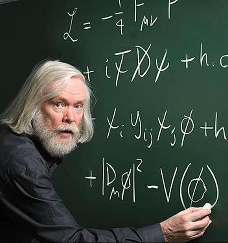 Fizikas gada noslēgumā ar Latvijas skolēniem tiksies pasaulslavens Eiropas Kodolpētniecības centra zinātnieks