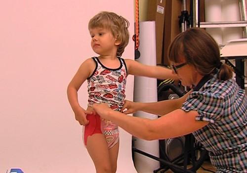 Kā Tu ģērb mazuli podiņmācības laikā? No kādiem apģērbiem atsakies?