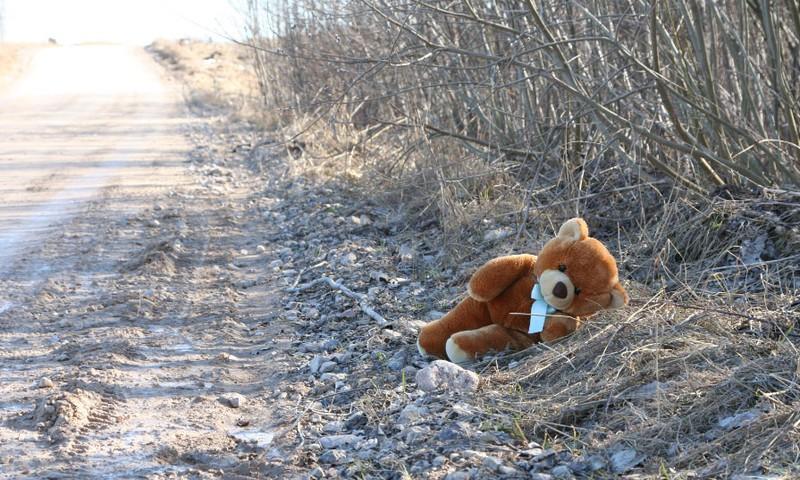 Brīvdienās glābējsilītē Rīgā atstāta meitenīte