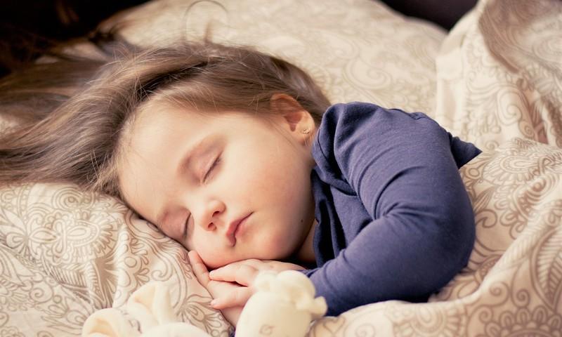 5 ieteikumi, lai bērns mazāk slimotu
