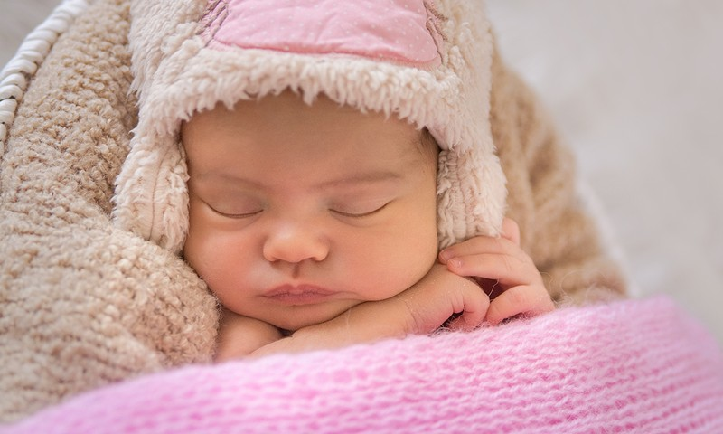 Nāc ciemos, uzzini visu par mazuļa miegu no dzimšanas līdz gada vecumam