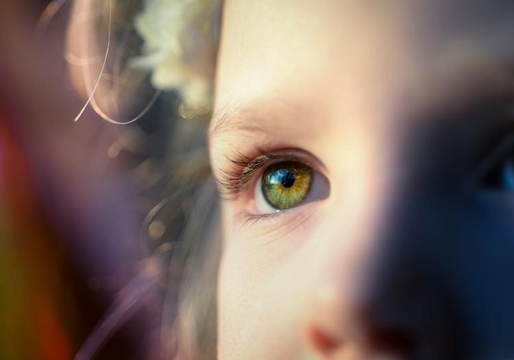 Kāpēc bērns melo?