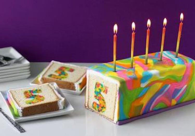 LIELISKA ideja: Varavīksnes kūka, jeb katram savs īpašais gabaliņš