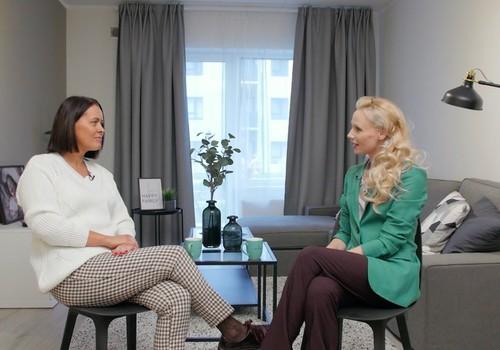 """15.novembra TV raidījuma lielajā intervijā - biedrības """"Esmu klāt"""" vadītāja Sanita Ziediņa"""