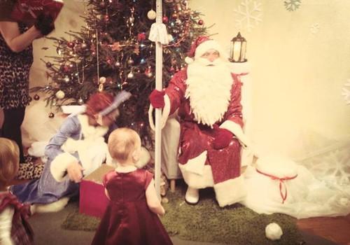 Māmiņu klubā sākušās Ziemassvētku eglītes bērniem!