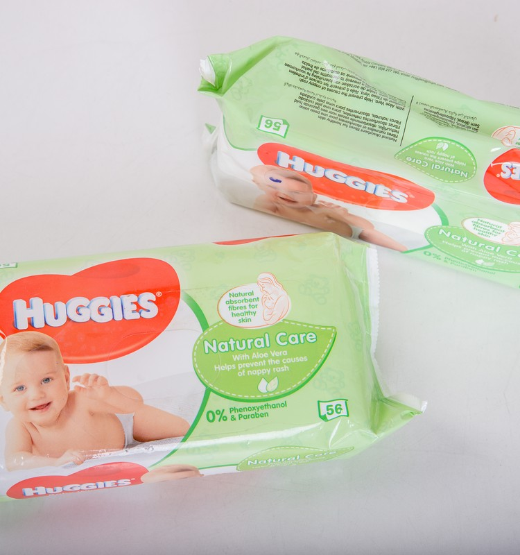 Mitrās salvetes Huggies@ Natural care - tev arī ir atkarība?