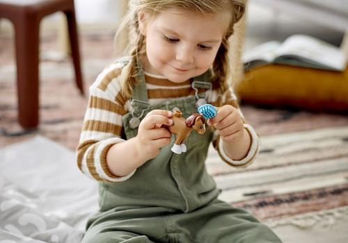 Kādi ir bērna ieguvumi no rotaļāšanās? Daudz lielāki nekā mums sākotnēji šķiet