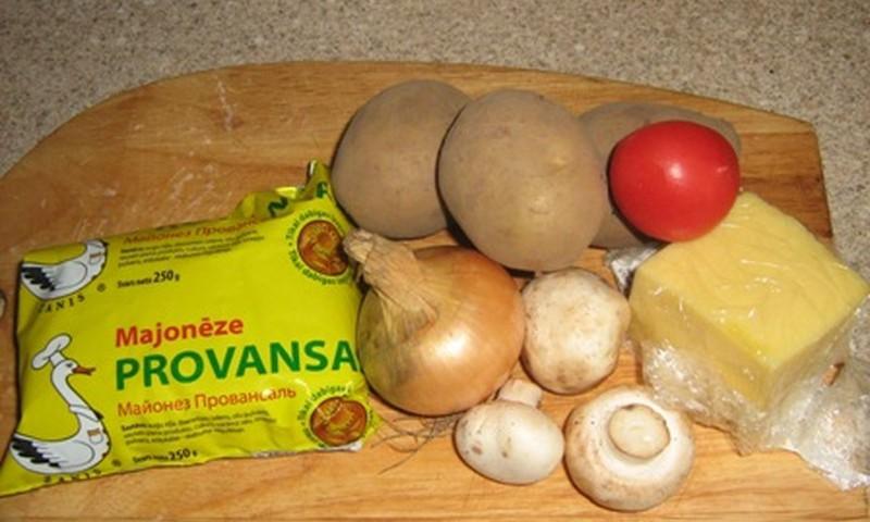 Kartupeļu laiviņas pildītas ar šampinjoniem