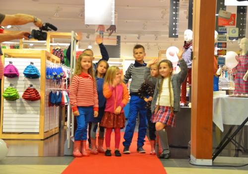 FOTOreportāža: kā Polarn O.Pyret veikalā tika sagaidīta jaunā kolekcija pagājušajā gadā