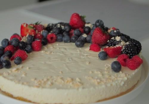 VideoRECEPTE: Biezpiena siera kūka
