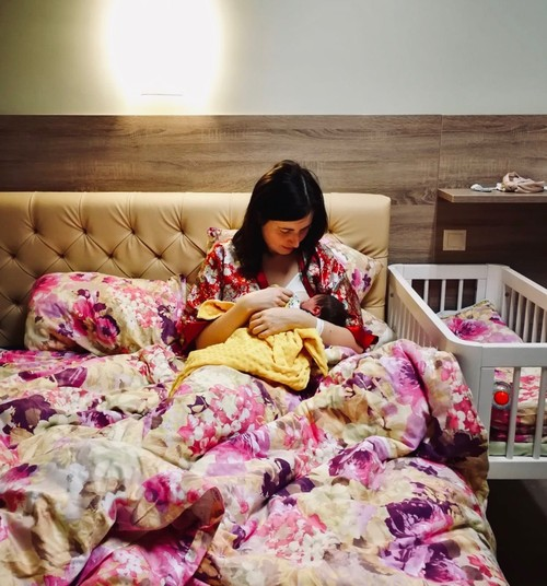 Kā pasaulē nāca Superbēbīte Odeta: Kristīnes dzemdību stāsts