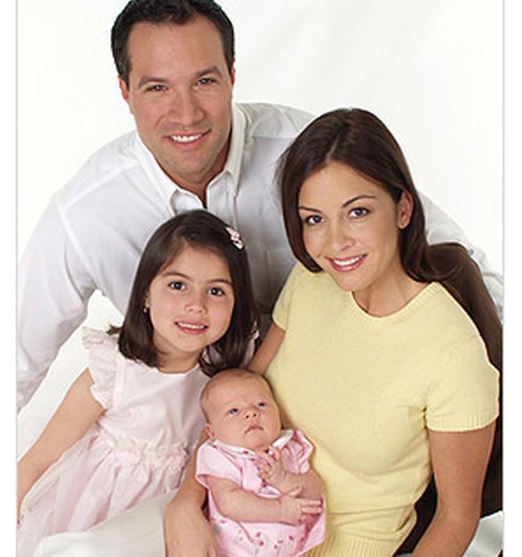 Bērnu un ģimenes lietu ministrs Ainars Baštiks sveic Ģimenes dienā