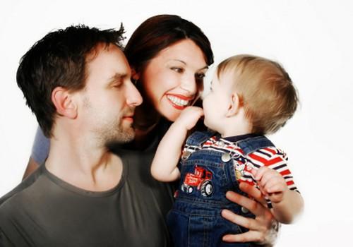 Kā gan mīlēties, ja mazais var mūs ieraudzīt