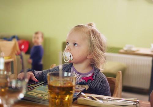 Bērnu dārzs vai audzināšana mājās  - kas bērna attīstībai ir labāks?