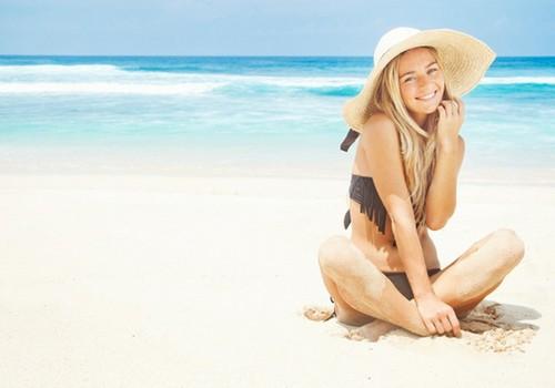 Kā vasarā kopt taukainu ādu?