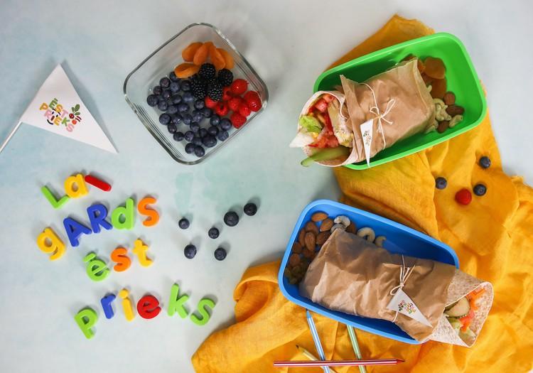 Ko dot bērnam līdzi uz skolu pusdienās?